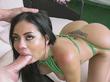 Canela Skin Craves Anal and Squirting